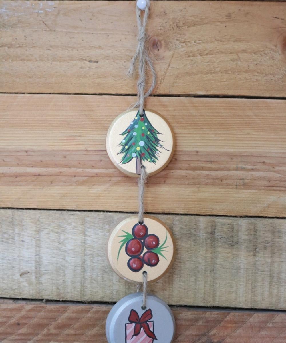 Three-Tier Christmas Wall Hanging: Dark