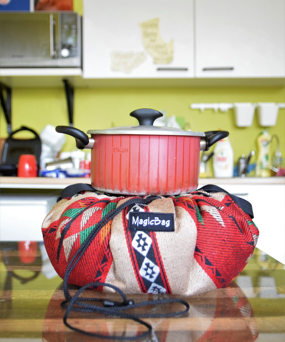 Cooking Bag in Green and Red Bedouin Patterns, Small