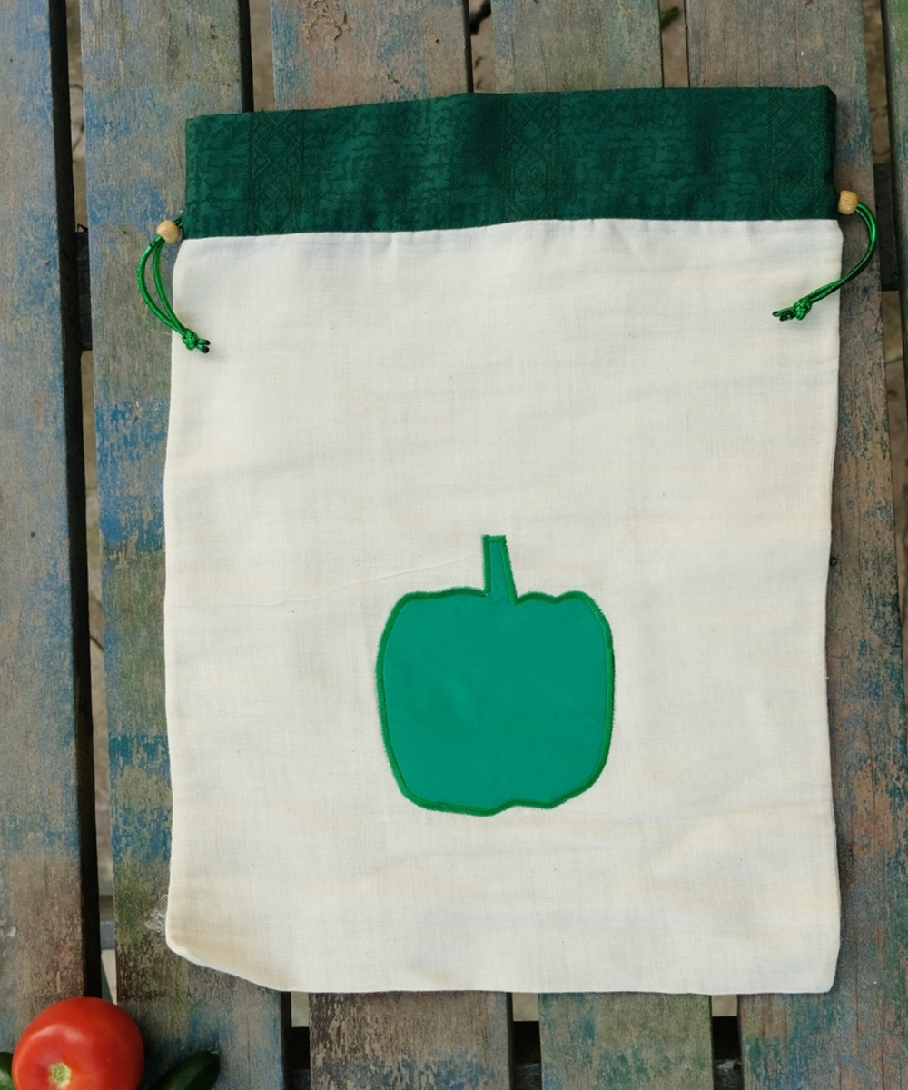 Vegetable bag with Green Pepper Accent