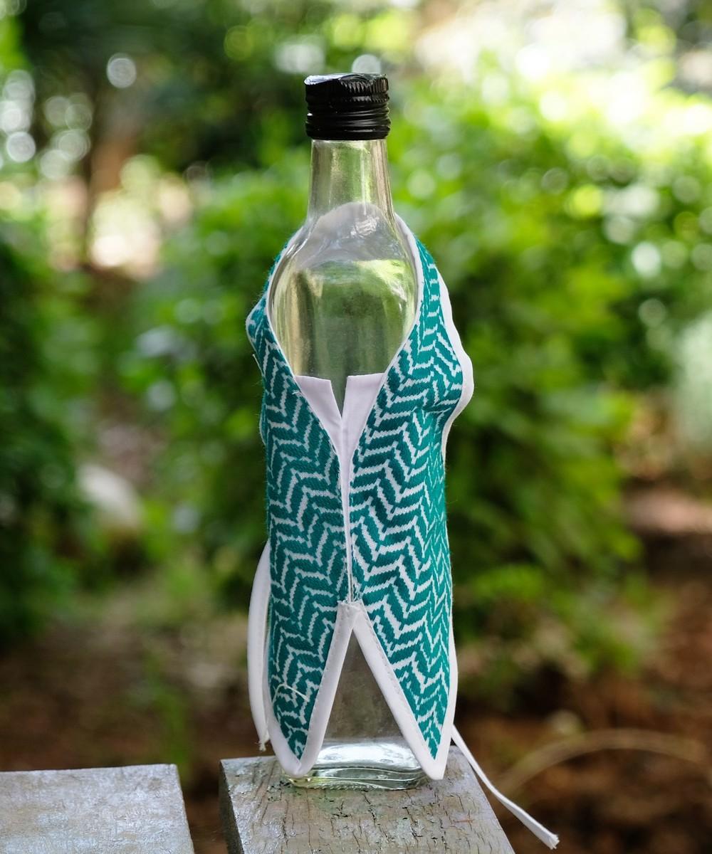 Patterned Bottle Shawl (Green)
