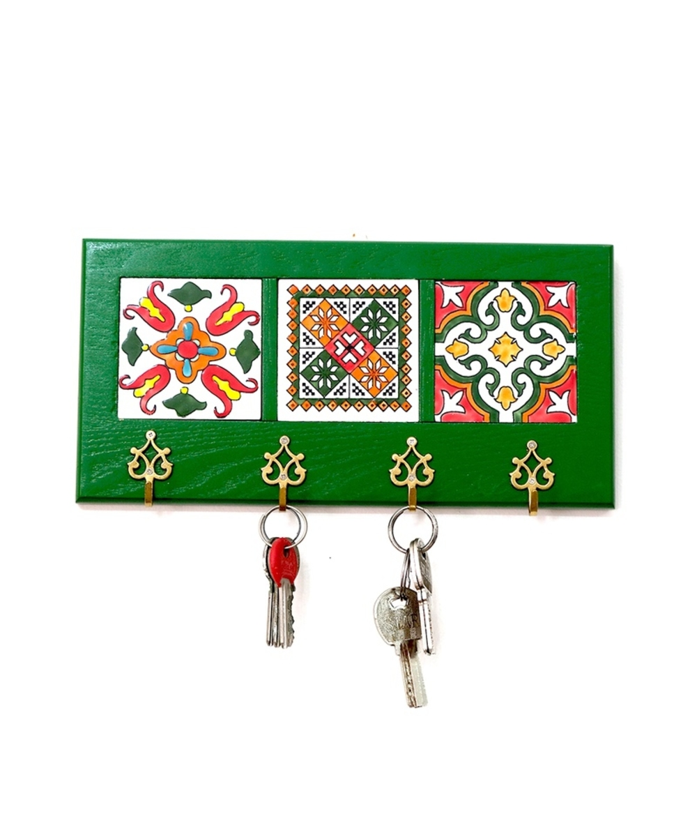 علاقة مفاتيح جدارية (أخضر)