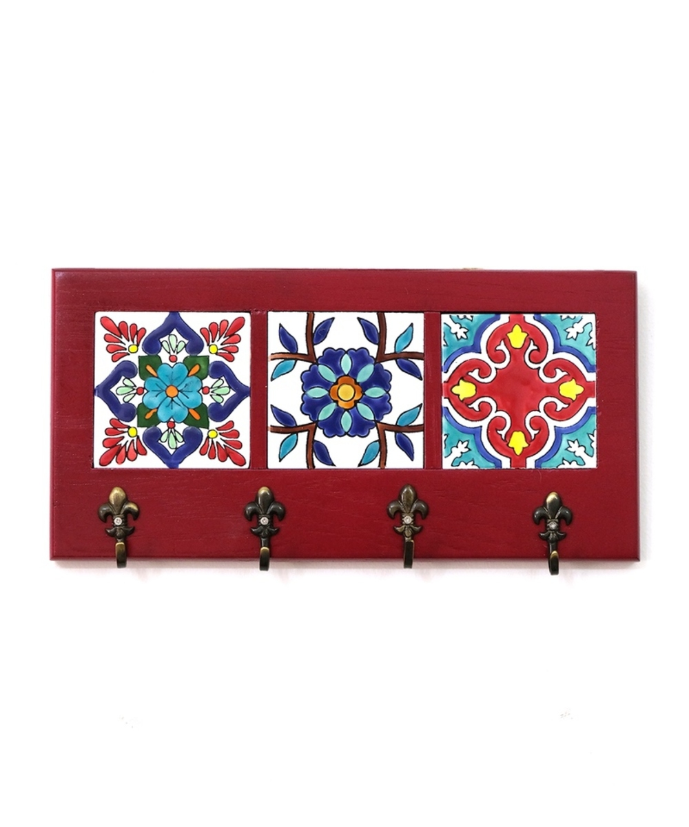Decorative Key Hanger with Handpainted Ceramics (Red)