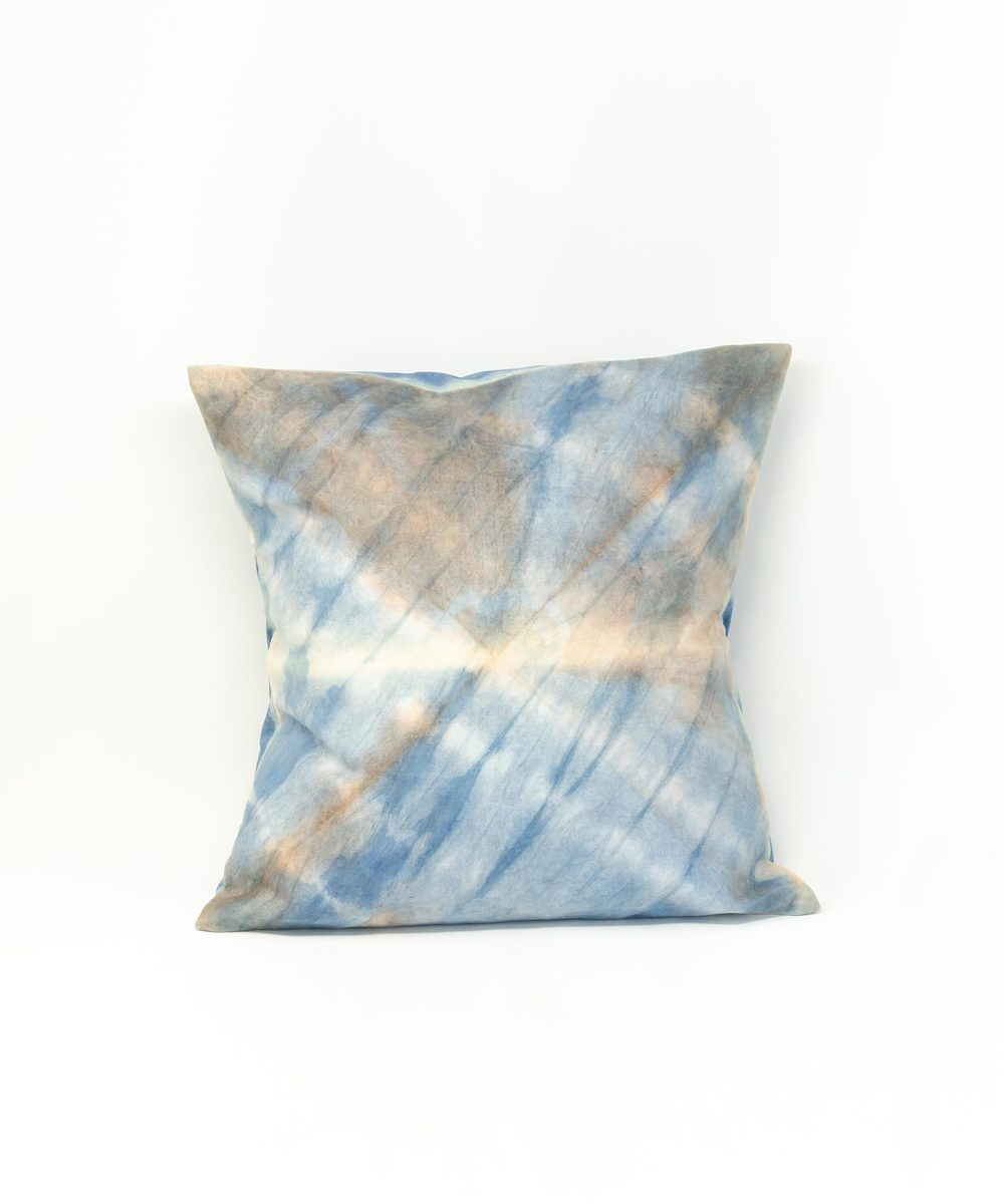 Hand dyed pillow (Yellow & Green)