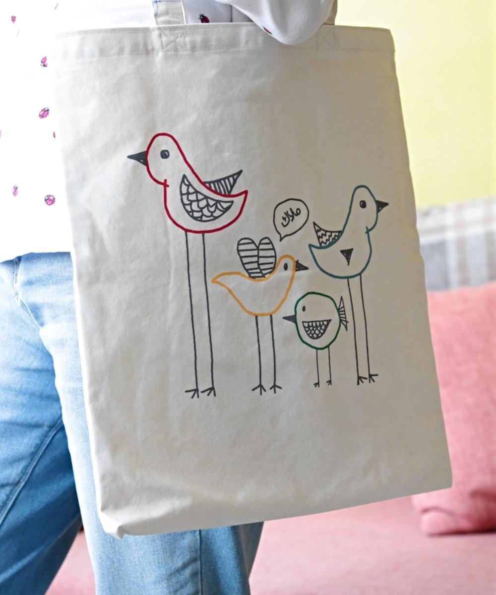 حقيبة بتصميم طيور