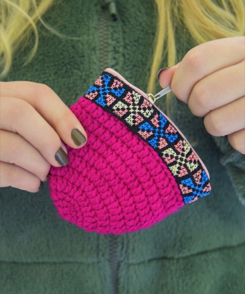 Crochet Coin Purse: Pink and Blue
