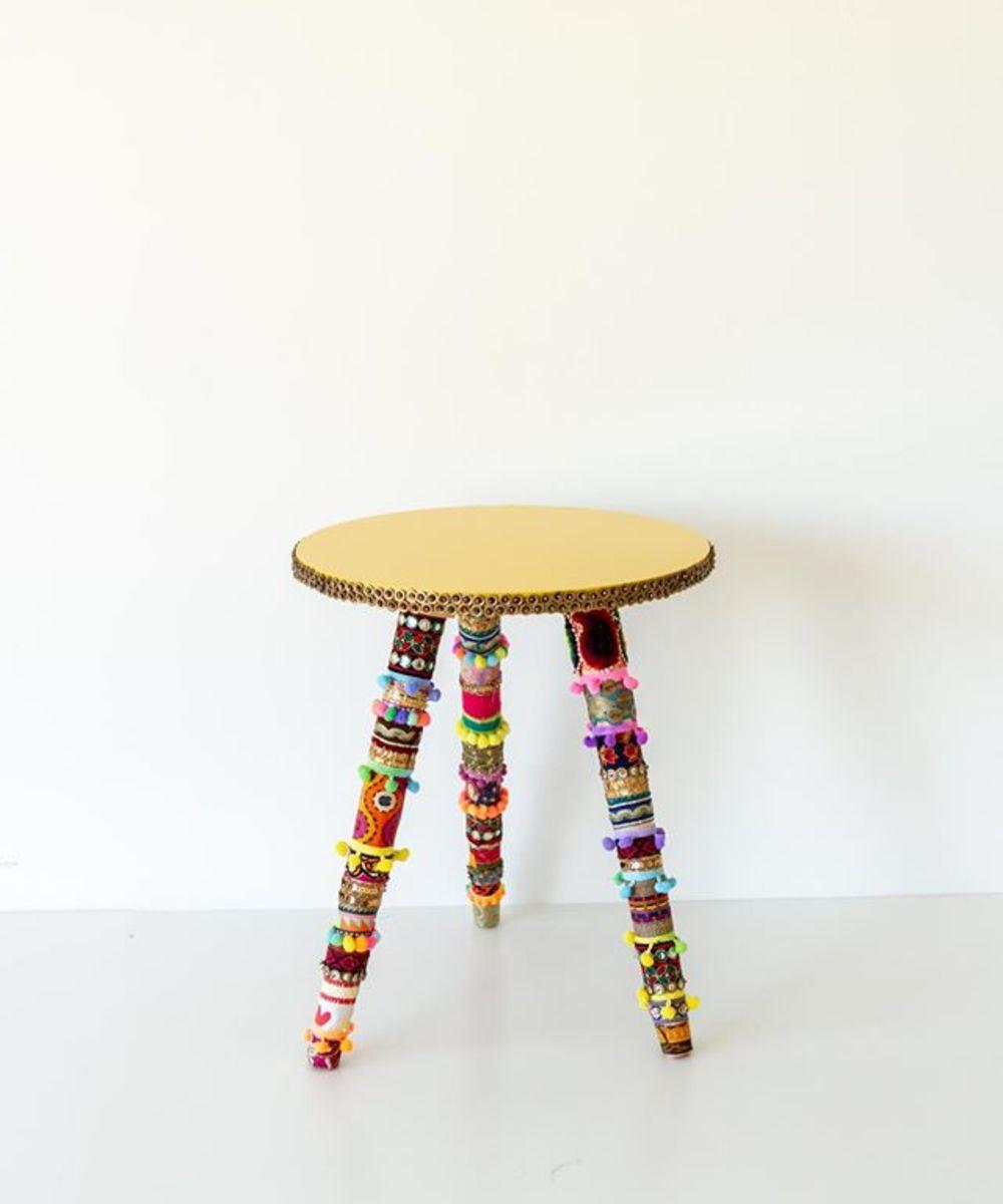 طاولة جانبية صغيرة ملونة بألوان بوهيمية مميزة - برتقالي