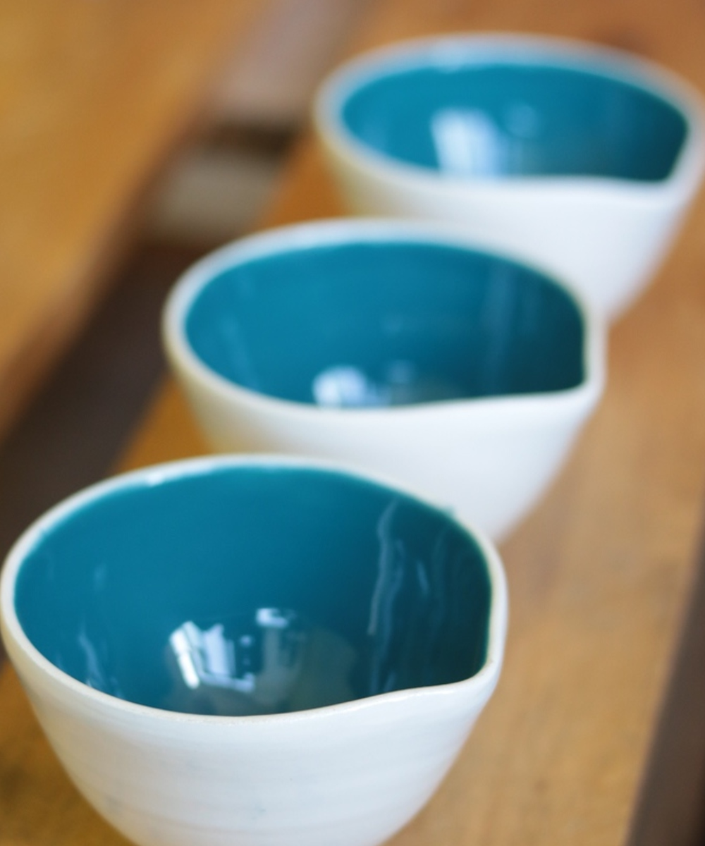 Porcelain Bowl Set in Blue and White