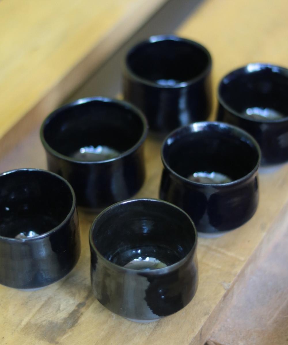 أكواب شاي وقهوة (أسود)