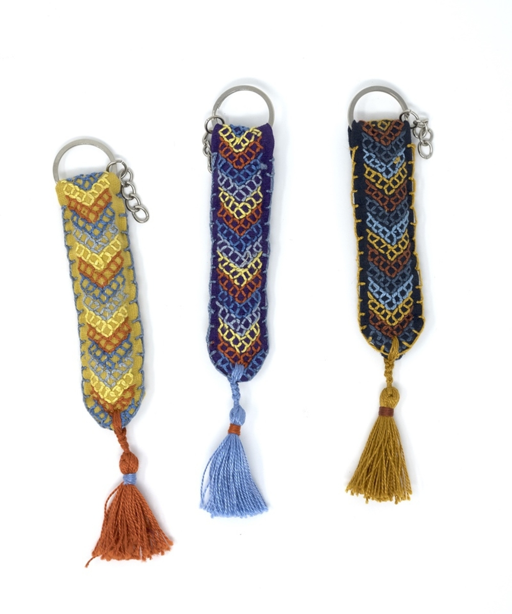 Hand-embroidered Keychain (Gold)