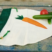 Vegetable bag with Carrot Accent