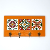 Decorative Key Hanger with Handpainted Ceramics (Orange)