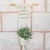 شماعة نباتات مكرامية بعلاقة خشبية - حبكة مربعات