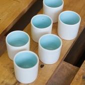 أكواب شاي وقهوة (أبيض وأزرق فاتح)