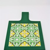 Green Serving Trivet: Yellow and Mint