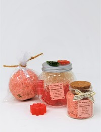 Bathtime Gift Set in Red