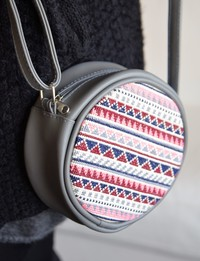 Circular Embroidered Purse: Grey