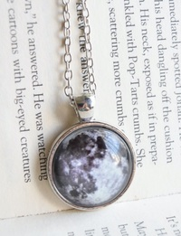 Full Moon Glow in the Dark Necklace