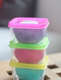 Play-Dough Set: Purple,Pink, Blue