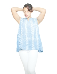 Sleeveless Shirt in Blue