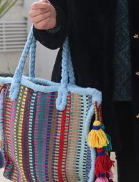حقيبة ملونة متوسطة
