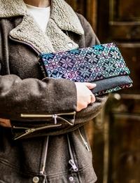 حقيبة يد مطرزة - أزرق
