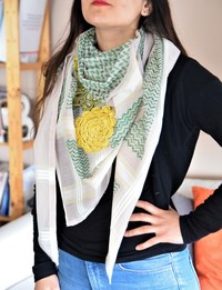 Keffiyeh with Yellow Crochet Flowers