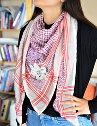Keffiyeh - Purple and Pink with Crochet Flowers