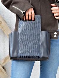 حقيبة يد جلدية - سوداء