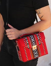 Bedouin Box Bag in Red