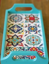 Small Serving Tray with Hand-painted Ceramics (Blue