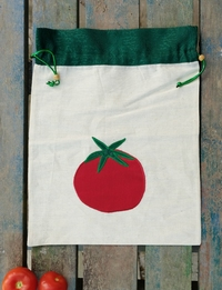 Vegetable bag with Tomato Accent