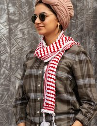 Winter Scarf in White and Red