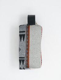 حقيبة مقلمة بلون رمادي