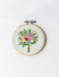 Brazilian Embroidery - Flower Bouquet