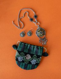 A Set of a Green Necklace and Earrings with Embroidered Wallet