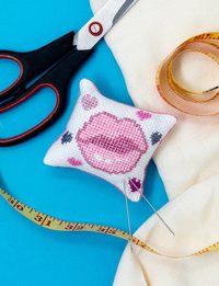 Pin Cushion - Pink Kiss