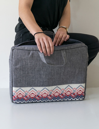 Embroidered Laptop Case (Gray & Pink)