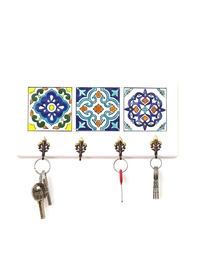 Decorative Key Hanger with Handpainted Ceramics (White)