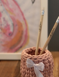 Pink Knitted Pen Holder