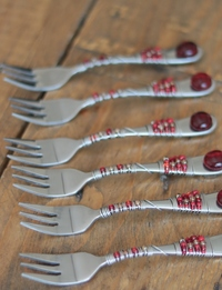 Beaded Fork Set (Red)