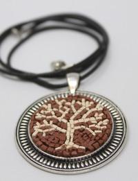 قلادة صناعة يدوية على شكل شجرة الحياة