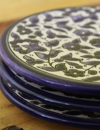 Floral Ceramic Plate Set: Blue
