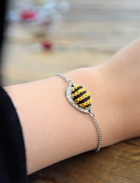 Embroidered Teardrop Bracelet: Yellow and Black