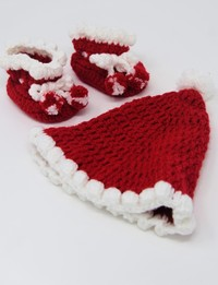 Crochet Sock and Hat: Christmas Theme (Size 0-3 Months)