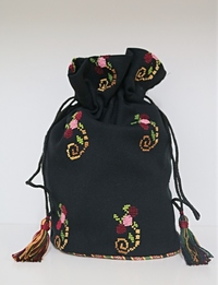 Embroidered Floral Purse